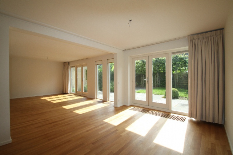 Image of house for rent at Kennemerduinen in Amstelveen