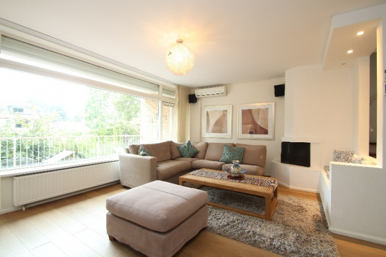 Image of house for rent at Oostelijk Halfrond in Amstelveen