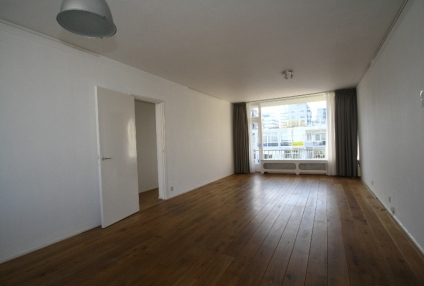 Image of house for rent at Johannes Worpstraat in Amsterdam