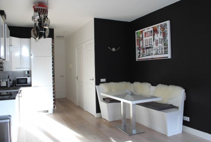 Image of house for rent at Reguliersdwarsstraat in Amsterdam